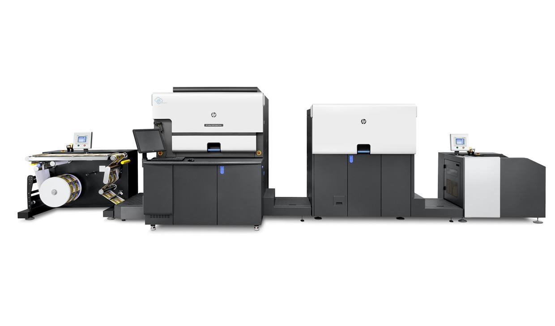 公司于2020年12月购进全进口性能最佳的数字印刷机HP indigo 6900